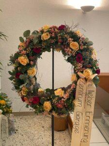 Trauerfeier Adi Blumen